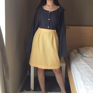 Vintage Skirt in Yellow.